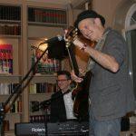 Abi Wallenstein gibt sein erstes Konzert in der Ohlendorff'schen Villa.